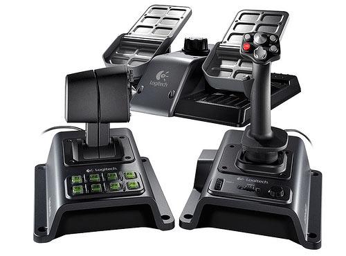 logitech flight system g940 joystick retour de force pour simulateurs de vol blogeek. Black Bedroom Furniture Sets. Home Design Ideas